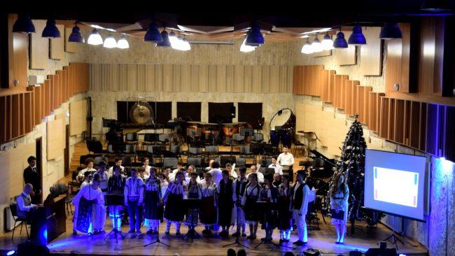 """Concert 11 decembrie, Colegiul de Arta """"Carmen Sylva"""" Ploiesti"""